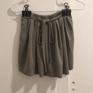 Dresses & Skirts - Skirt / Short with Tie